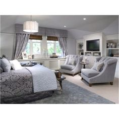 in my dream house i would like to have a big master bedroom to get into from the long day from work.