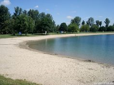 A beach where you wouldn't expect it. Badesee, Heddesheim, Germany