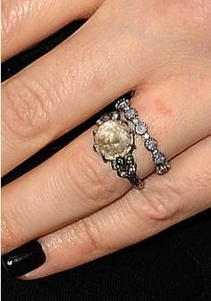 Duck Dynasty star Rebecca Robertson's opal engagement ring