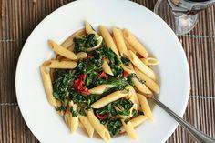 Auch bei veganer Ernährung gibt es eine große Vielfalt an Rezepten zum Kochen und Backen. Mehr lesen im kaufhaus #Blog: https://www.kaufhaus.com/blog/Von-Omnivor-bis-Flexitarier-Verbreitete-Ernaehrungsweisen-kurz-erklaert--28