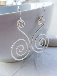 Martelé boucles d'oreilles spirale boucle par deannewatsonjewelry, $14.95