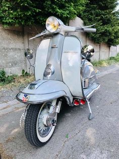 Mod Scooter, Lambretta Scooter, Mod Fashion, Scooters, Motorbikes, Vintage Art, Harley Davidson, Northern Soul, Motorcycle