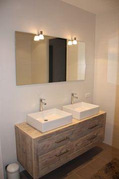 badmeubel Wood Bathroom, Bathroom Toilets, Laundry In Bathroom, Bathroom Colors, Bathroom Interior, Modern Bathroom, Bathroom Styling, Bathroom Lighting, Toilet Decoration