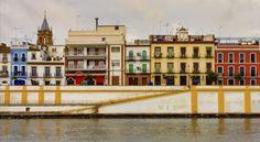 Jour 75, 25 novembre Marcher dans le quartier Triana et s'émerveiller devant les couleurs et le côté gitan de Séville