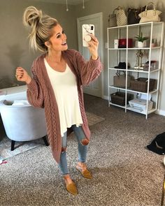 35 Comfy Casual Spring Outfits For Women Women's Fashion Outfits for Casual Spring Outfits Women, Cute Fall Outfits, Outfits For Teens, Trendy Outfits, Trendy Fashion, Winter Outfits, Womens Fashion, Summer Outfits, Holiday Outfits