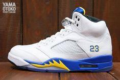 NIKE AIR JORDAN V RETRO WHITE/VARSITY MAIZE-VARSITY ROYAL-BLACK #sneaker