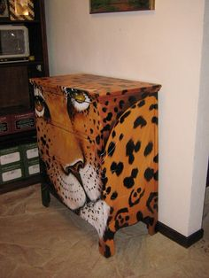 painted furniture - something to match my penchant for animal print clothing and textiles. Funky Painted Furniture, Painted Chairs, Refurbished Furniture, Art Furniture, Unique Furniture, Repurposed Furniture, Furniture Projects, Furniture Makeover, Furniture Design