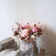 이미지: 꽃, 식물 Vase, Home Decor, Homemade Home Decor, Interior Design, Jars, Home Interiors, Vases, Decoration Home, Flowers Vase