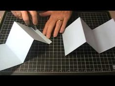 A video tutorial to make an accordion fold album using one piece of card stock for the basic album, along with some scrap cardboard and Designer Paper for th. Mini Albums, Mini Scrapbook Albums, Concertina Book, Accordion Book, Mini Album Tutorial, Handmade Books, Card Tutorials, Book Making, Bookbinding