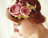 WHICHGOOSE. Specializing in natural vine crowns and vintage floral headpieces.