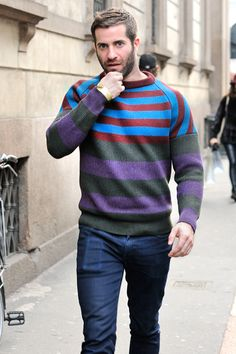 Love this sweater! Mens Tux, Red Puffer Vest, Bear Men, Cool Sweaters, Well Dressed, Winter, How To Look Better, Men Sweater, Jumper