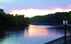 Cumberland River Walk   Tennessee Vacation