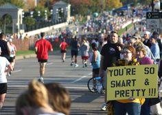 Kreative Motivationssprüche und Plakate an der Laufstrecke - Alles rund um Marathon, Laufen, Joggen, Abnehmen, Ernährung