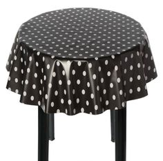 1000 images about paris table setting on pinterest for Black polka dot tablecloth