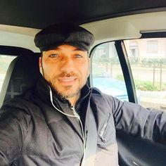 #CostantinoVitagliano Costantino Vitagliano: Giornata grigia e traffico ☁️ma quando finisce l'inverno? #aspettandoilsole #winter #february #ontheroad #traffic #workingday #workinprogress #milan #selfie #smile #costantino #siviveunavoltasola
