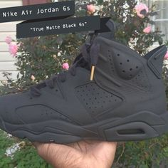 Air Jordan 6 – True Matte Black Customs