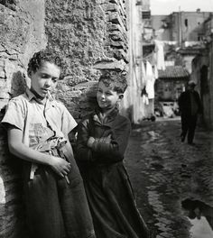 Herbert List - Rome. In the Trastevere section of the city. April 1939.