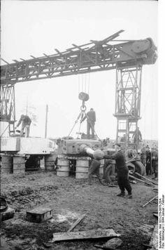 Bundesarchive Photos 1933 - all fields of WWII - Page 64 Tiger Tank, Ww2 Photos, Tank Destroyer, Ww2 Tanks, Military Diorama, Battle Tank, Military Photos, German Army, Panzer