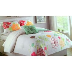 COMFORTER SET by CYNTHIA ROWLEY, 3-PIECE, TWIN/XL tehehe this is my bedding :)