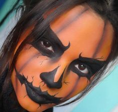 Halloween makeup jack o lantern pumpkin makeup artist. Are you looking for easy pretty Halloween makeup ideas for women to look the best at the Halloween party? See our photo collage to pick the one that fits the Halloween costume.