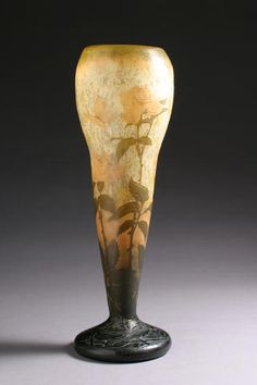A good DAUM Nancy internally decorated and wheel-carved Butterfly and Roses vase  circa 1900, signed in intaglio Daum Nancy with croix de Lorraine. H. 17¾in (45.1cm) (hva)