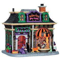 Lemax Spooky Town Collection Spooky Pets Boo-Tique $42.49