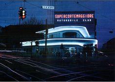 Stazione di servizio AGIP, Milano, Lombardia, Italia - Mario Bacciocchi