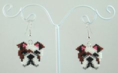 The item up for sale is a pair of beaded earrings. The design features a lovable Bulldog. The main portion of the earring is constructed by Seed Bead Patterns, Peyote Patterns, Beading Patterns, Jewelry Patterns, Seed Bead Projects, Beading Projects, Fuse Beads, Beads And Wire, Beaded Earrings