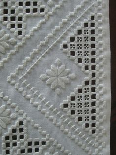 17 Best ideas about Hardanger Embroidery Brazilian Embroidery Stitches, Types Of Embroidery, Learn Embroidery, Hand Embroidery, Floral Embroidery, Embroidery Designs, Scandinavian Embroidery, Hardanger Embroidery, Cross Patterns
