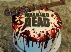 Brilliant Image of Walking Dead Birthday Cake . Walking Dead Birthday Cake The Walking Dead Cake With Lucille And Blood Walking Dead Party In Walking Dead Zombies, Bolo The Walking Dead, Walking Dead Birthday Cake, Zombie Birthday Cakes, Zombie Cakes, Cake Birthday, Cakes To Make, How To Make Cake, Anniversaire Walking Dead