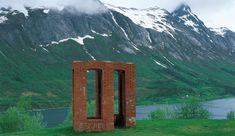 Per Kirkeby - Beacon - Skulpturlandskap Nordland/Norway - 1992