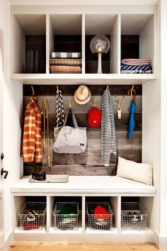 Sweet mudroom organization from the DesignMeetStyle team at the Home Depot.