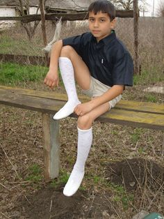 Cute 13 Year Old Boys, Young Cute Boys, School Boy, School Uniform, School Shorts, Kids Fashion Boy, Mens Fashion, Beauty Of Boys, Kids Photography Boys