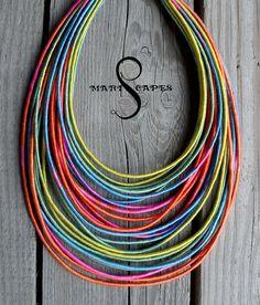 Collar de hilo envuelto de LOLIPOP / tribal / hippie por MARISCAPES