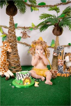 King of the Jungle lion Epic Cake Smash photo session for one year old boy by HeartStrings Photography Smash Cake First Birthday, Boys First Birthday Party Ideas, Jungle Theme Birthday, Lion King Birthday, Wild One Birthday Party, Baby First Birthday, Boy Birthday Parties, Safari Party, Jungle Party