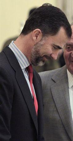 Felipe VI The Mentalist, Queen Letizia, Royals, Spanish, Mexican, Vogue, King, Culture, Suits