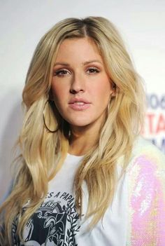 Ellie Goulding Photos - Ellie Golding attends on day 1 of the Capital FM Jingle Bell Ball at 02 Arena on December 2013 in London, England. Ellie Goulding, Makeup Magazine, Hereford, Hair Dos, Hair Inspiration, Hair Makeup, Hair Color, Hair Beauty, Celebs