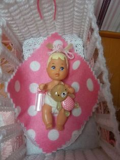BARBIE BABY KRISSY~ INCLUDES BLANKET~ BOTTLE & ADORABLE BEAR~ RESTYLED HAIR~