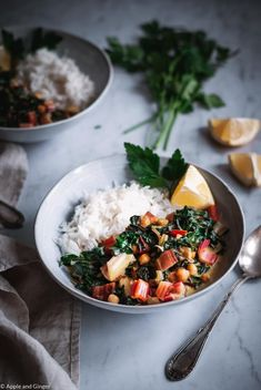 Mangold-Erdnuss-Curry | Apple and Ginger White Pasta, Western Diet, White Potatoes, Big Salad, Baked Yams, Good Foods For Diabetics, Eating Plans, Fruits And Veggies, Food Preparation