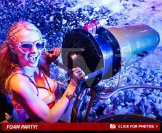 "@ParisHilton ""#Ibiza Missed My Ass ... Let the Foam Begin!"" (via @tmz ) ⚪ #FoamAndDiamonds ⚪ Every Sat. 07.18-09.12 https://tickets.amnesia.es/parishilton_list/#sf-events #AmnesiaIbiza #Beauty #Celebrity #ComeAlive #Dance #DJs #EDM #ElectroHouse #ElectronicDanceMusic #GoodTime #HighOffMyLove #HouseMusic #IbizaOpeningNight #Ibiza2015 #Love #Music #Nightclubs #ParisHilton #P #PHDancers #Photography #Top100DJs"