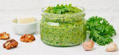 Pesto selber machen: Gesundes Rezept mit einfachen Zutaten (Foto: © Colourbox.de)
