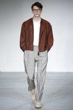 E. Tautz Spring 2018 Menswear Collection Photos - Vogue