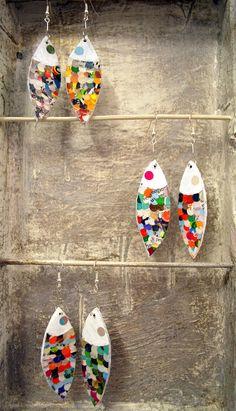 orecchini: pesciolini in carta riciclata e trattata
