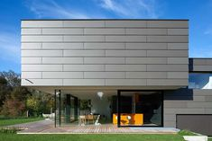 Private house in Schondorf. Bembe Dellinger arch. EQUITONE facade panels applied in shiplap. equitone.com