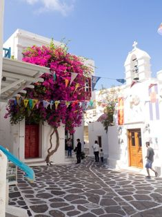 Travel inspo for the beautiful island of Mykonos