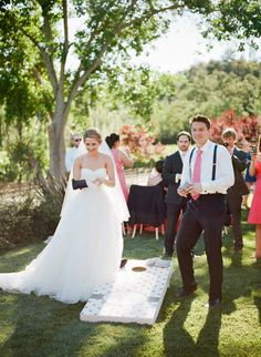 Fun Games and Activities that Will Keep Your Wedding Guests Entertained Wedding Games And Activities, Reception Activities, Wedding Table, Wedding Reception, Wedding Fun, Reception Ideas, Building For Kids, Diy Entertainment Center, Lawn Games