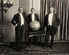 Roald Amundsen (1872-1928), Ernest Henry Shackleton (1874-1922) Robert Edwin Peary Og (1856-1920) receiving the National Geographic Society's Gold Medal.