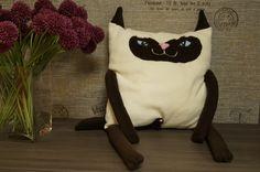 Мягкий котик из флиса. Сиамский. Это определенно ОН. кокушки и причиндал на месте. )))