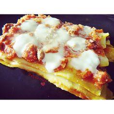 Lasagne di zucchine gialle Scopri la ricetta su peperosasite.wordpress.comDiscover the recipe on peperosasite.wordpress.com#peperosa #italianfoodbloggers #italianfood#italianfoodblogger#foodporn #easyrecipe #fastrecipe#ricettefacili #ricetteveloci#ricettefacilieveloci #fastandeasyrecipes #lasagnedizucchine #zucchinegialle #lasagne #lasagna #italianlasagna #crescenzalight #courgette #zucchini #yellowzucchini #yellowcourgette #yellowcourgettes