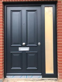 Victorian front door in anthracite grey with a frosted side panel.Victorian front door in anthracite grey with a frosted side panel. victorianfrontdoors Victorian front door in anthracite grey with a frosted side panel. Black Composite Front Door, Grey Front Doors, Cottage Front Doors, Wooden Front Doors, Front Door Entrance, Composite Door, House Front Door, Glass Front Door, Entry Doors